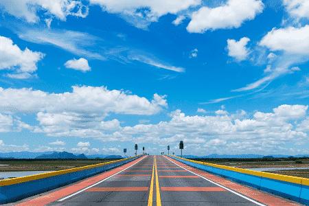 צביעת כביש אספלט