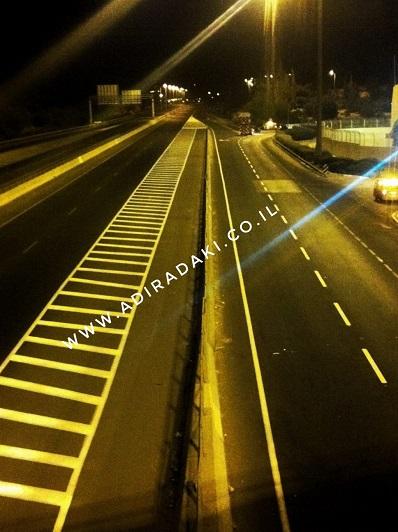 סימון כבישים וחניונים